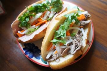 旅する気分で味わえる本場ベトナムのサンドイッチ。祖師ケ谷大蔵『バインミー ăn di』