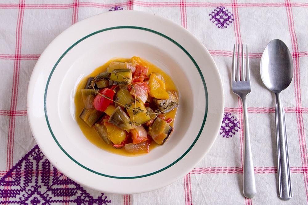 夏野菜をまだ楽しもう!フランスの常備菜ラタトゥイユのレシピ