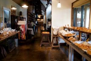 ビールで作るパン!蔵元発のパン屋さんMOKICHI Baker & Sweets