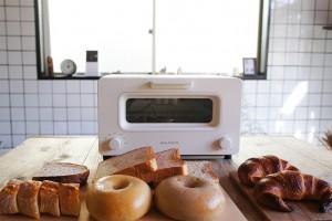 話題の理由を検証!バルミューダでパンを焼いて食べてみた!