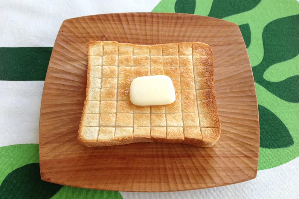 いつものパンもアレンジ次第で無限の楽しさに!『ぱんぱかパン図鑑』