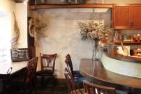 パリジェンヌがカフェで過ごすようなくつろぎ感を味わえる池ノ上『パンとごはん』