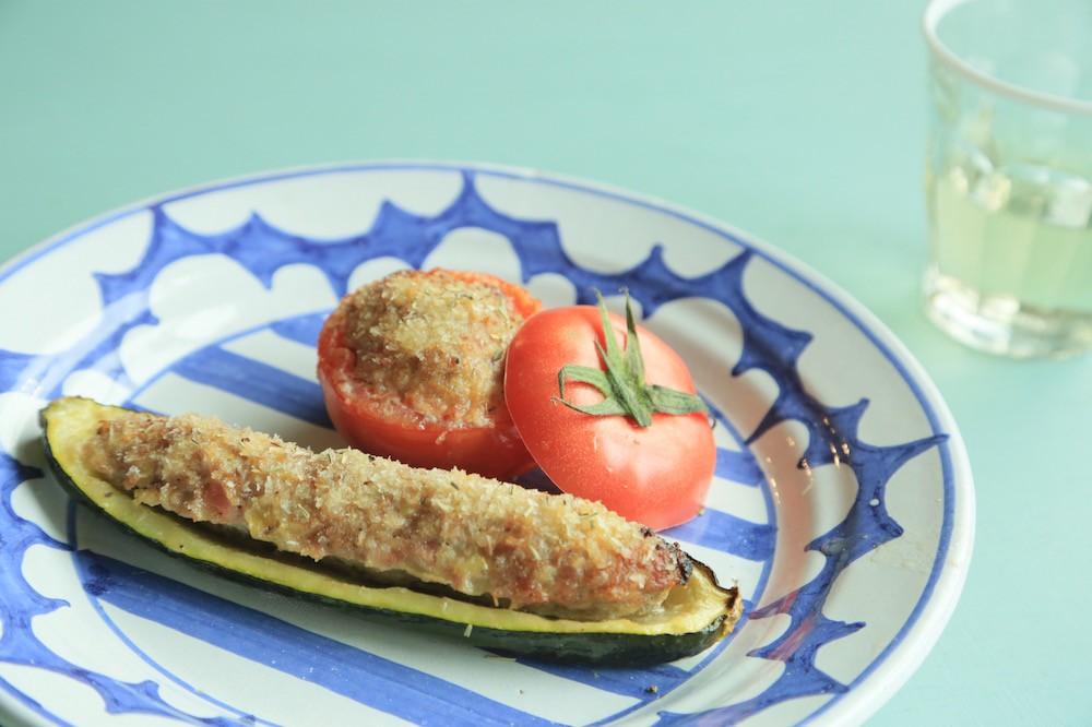 夏野菜はお肌にもいい!?トマトとズッキーニで作るファルシ
