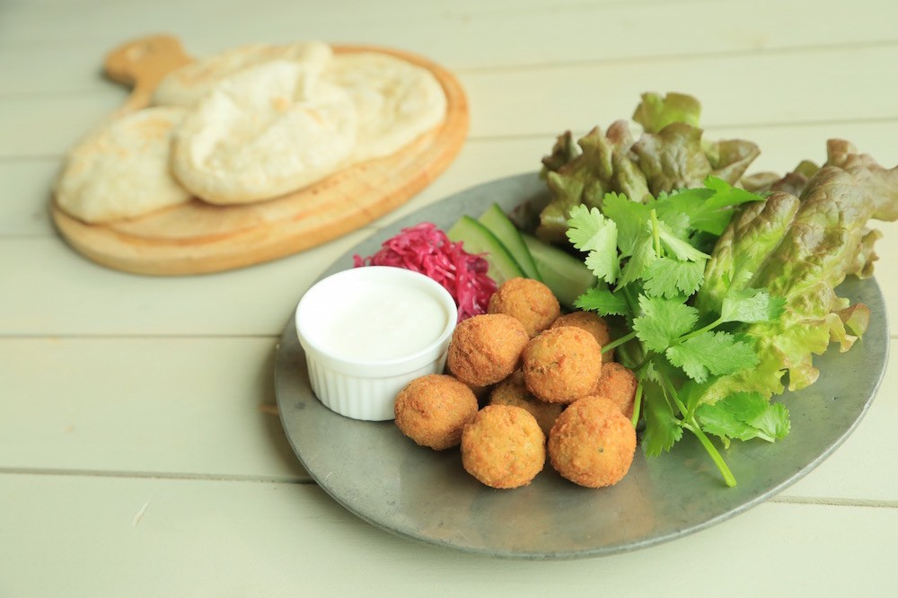 レバノン料理ファラフェルを自宅で楽しむ!ピタパンパーティ
