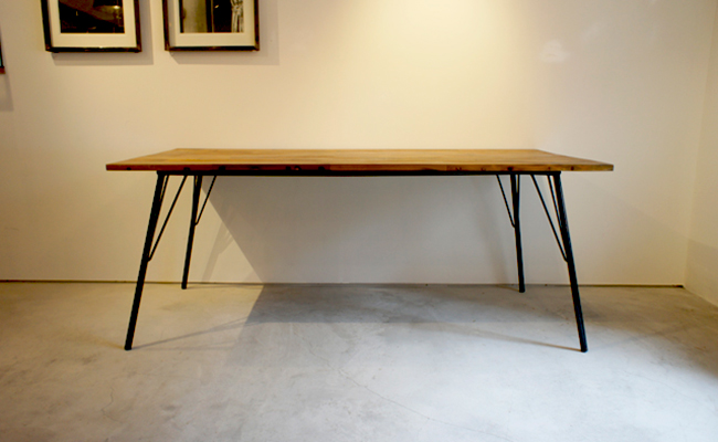 gleamのダイニングテーブル