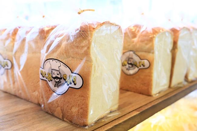元町『ウチキパン』の食パン「イングランド」