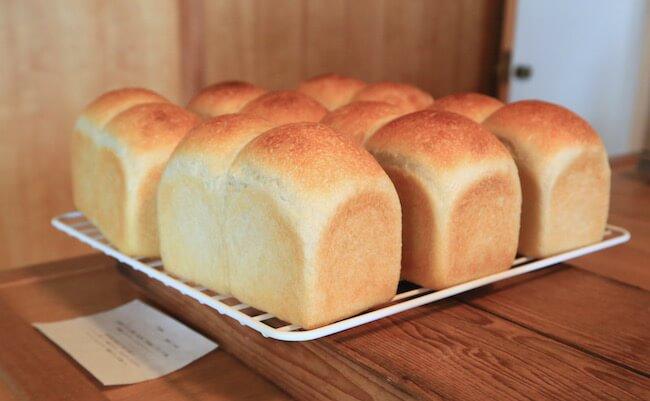 山手『オンザディッシュ』の食パン「cotton」