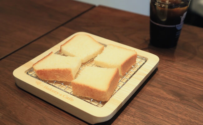焼かずにそのまま食べるのがおすすめだという「俺の生食パン」