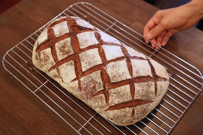 『ブラン』のスペシャリテであるパン「瓦」