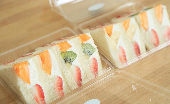 赤坂のホットケーキパーラー『フルフル』の「フルーツサンドイッチ」