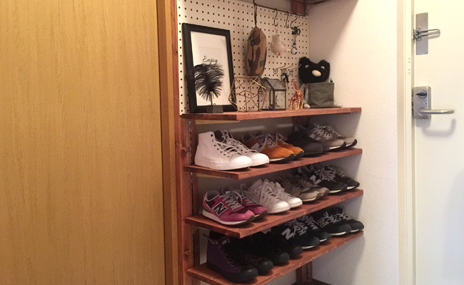 ピラーブラケットで作った靴棚