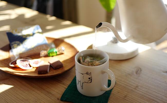 「バルミューダ ザ・ポット」で淹れるおいしい紅茶