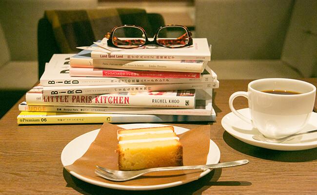 上島珈琲店の「アーモンドとバターのザントクーヘン」