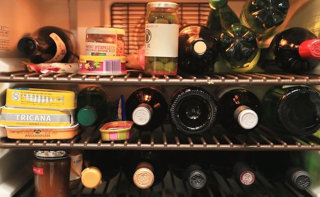 伊藤まさこさんのアトリエにあるワインセラー