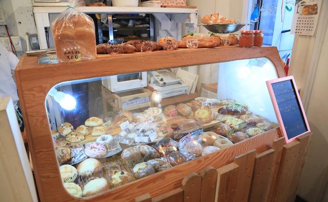 シンボパンのパンのショーケース