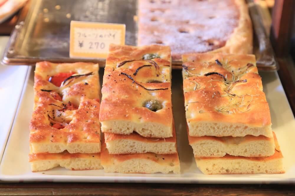 パンの街で学んだ職人が作るフォカッチャの専門店!イタリア人も通う神楽坂『アルタムーラ』