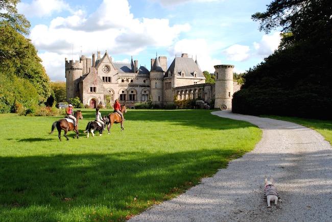 ノルマンディのお城とニノ