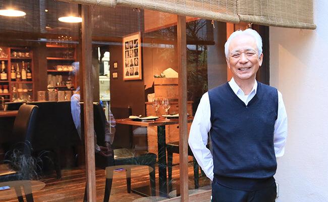神楽坂「ル ブルターニュ バー ア シードル レストラン」のソムリエ涌井さん