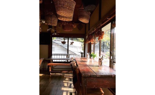鎌倉の極楽寺にある古民家をリノベーションしたアンティークカフェ『la maison ancienne(ラ・メゾン・アンシェンヌ)』