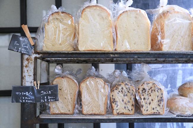 中目黒『La vie a la campagne(ラ・ヴィア・ラ・カンパーニュ)』で人気の「ロシアの黒パン」
