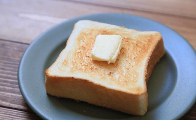 浅草『ペリカン』の食パンでバタートースト