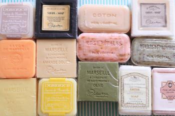 豊富な香りと抜群の使い心地!フランスのマルセイユ石けんの魅力