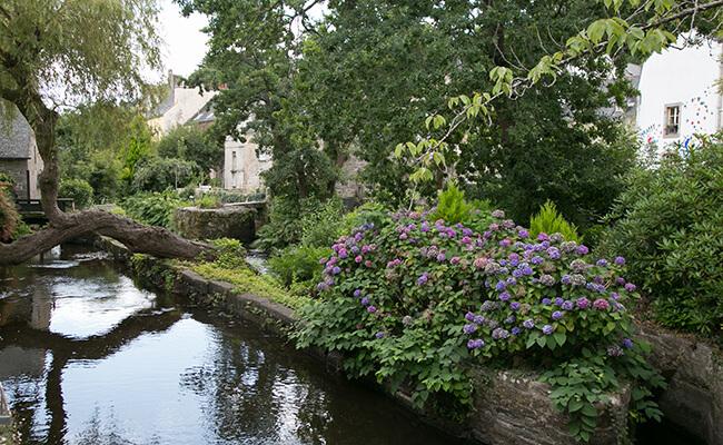 ゴーギャンも愛した美しい村。ブルターニュのポン・タヴァンへ
