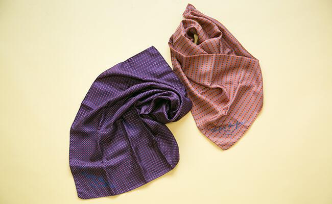 ZUTTO(ズット)のシルクスカーフ