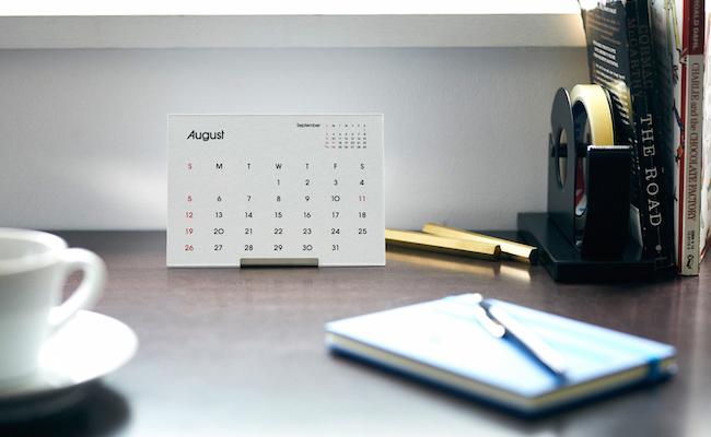 2018 タイプフェイス 卓上カレンダー