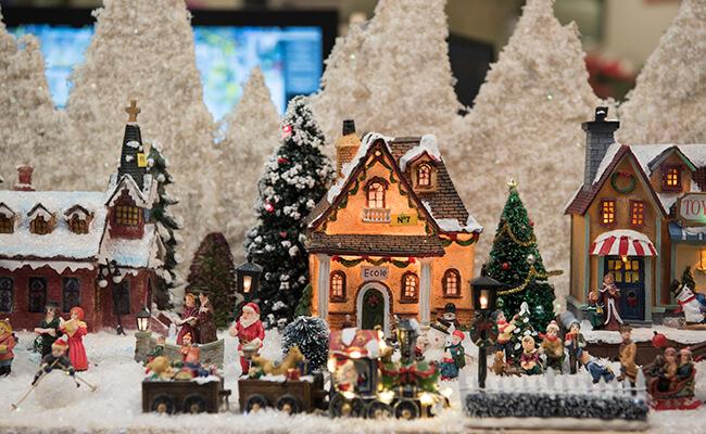 ホットワインにタルトフランベ!ストラスブールのクリスマスマーケットで食べ歩き!