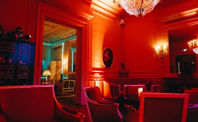 パリの夜の遊び方。おしゃれなクラブで上品に楽しむ