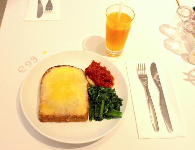 池袋『egg東京』の看板メニュー「エッグ ロスコ」