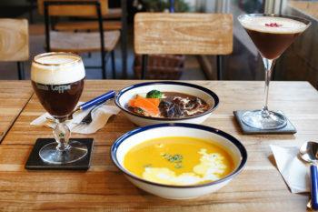 コーヒーカクテルと楽しむ至福のひととき。祐天寺のカフェバー『フルリ』
