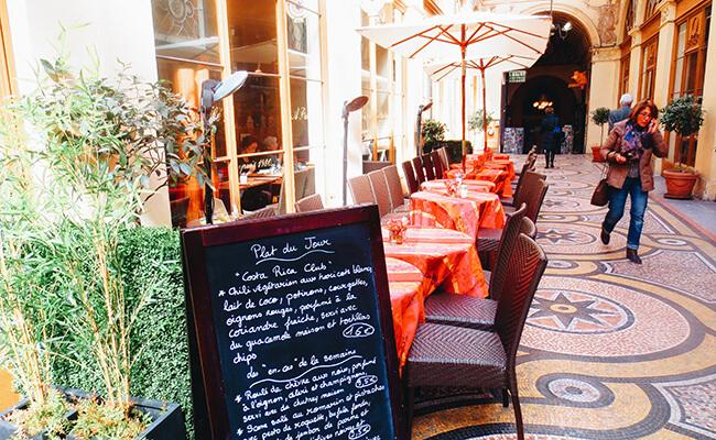 パリで一番美しいパサージュ『ギャラリーヴィヴィエンヌ』