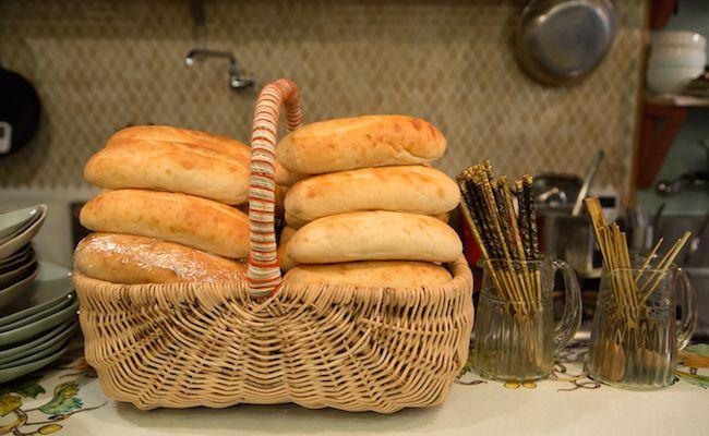 学芸大学『Stand Bánh Mì(スタンドバインミー)』のオリジナルのパン