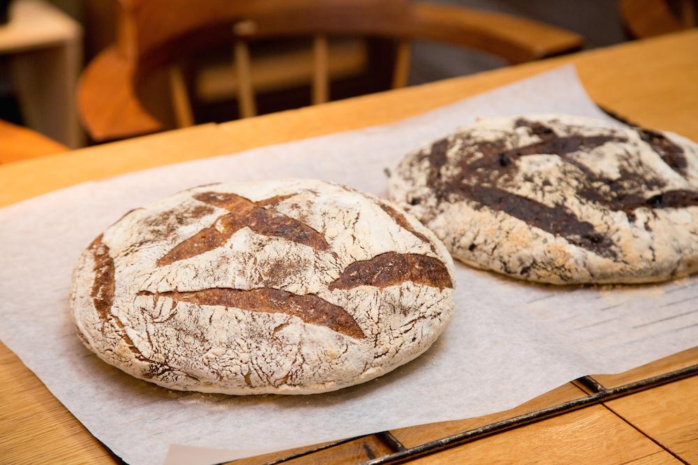 食の総合ビル!?週末限定のパンを求めて六本木『ラトリエ・デュ・パン』へ