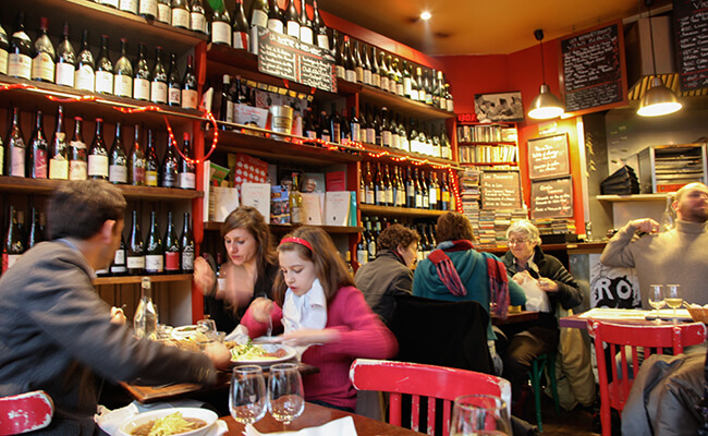 フランス人は赤身肉がお好き!?がっつり食べごたえ満点のステークフリット