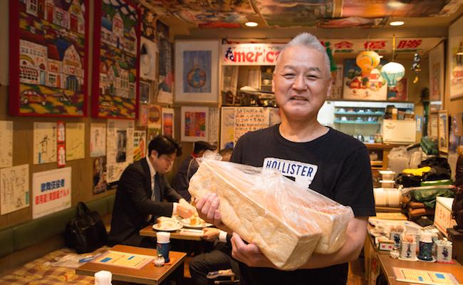 『喫茶アメリカン』の店主・原口誠さん