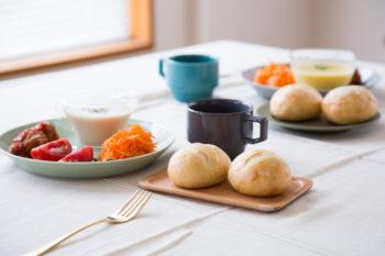 自宅でいつでも焼きたてパンが食べられる!冷凍パン『Pan&(パンド)』