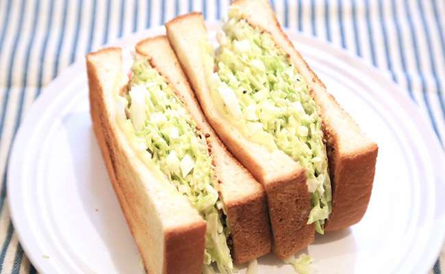 自宅で作るボリュームサンドイッチ「沼サン」