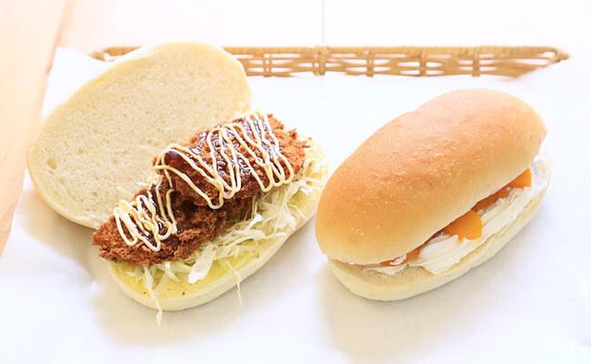 亀有『吉田パン』のコッペパンサンド