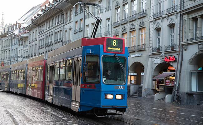 パリからスイスへ小旅行!列車の旅はベルンから