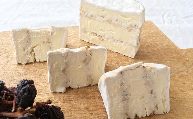 夏のアペロはフレッシュチーズと一緒に!簡単おつまみレシピ