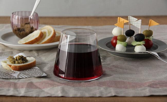 食卓に清涼感をプラス!透明感溢れるガラス食器がほしい