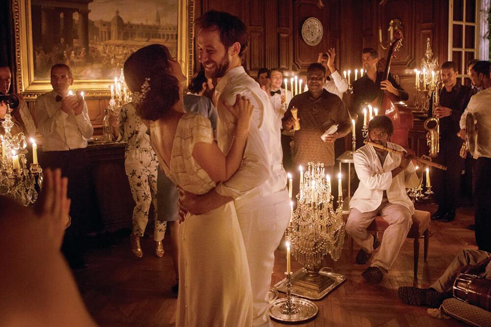 それが人生!と笑い飛ばそう。フランス映画『セラヴィ!』の魅力