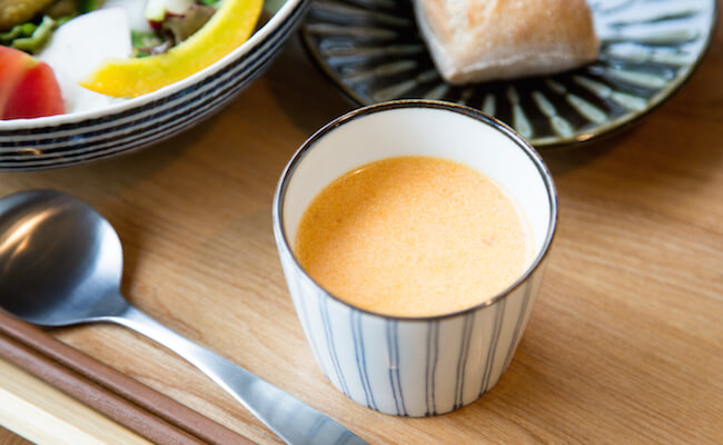 国分寺『SWITCH KOKUBUNJI』自家製スープ