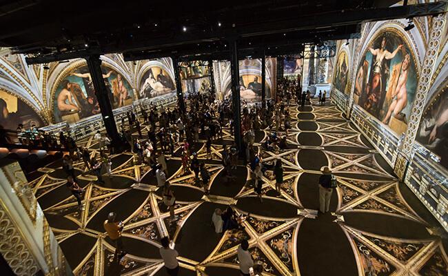パリ初のデジタルアートの美術館『アトリエ・デ・リュミエール』が誕生!