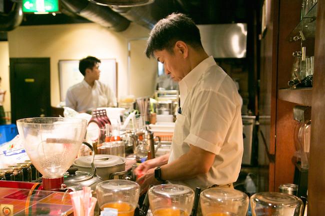 『Cafe AALIYA(カフェ アリヤ)』オーナーの山本さん