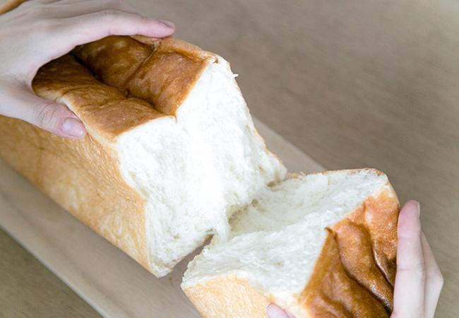 清瀬の高級食パン専門店『考えた人すごいわ』の「魂仕込」