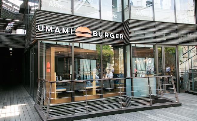 『UMAMI BURGER』青山店の外観